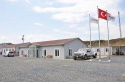 Byggeplassene til den tredje flyplassen ble ferdigstilt av Karmod
